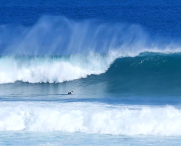 bali-big-waves-muzza-swell